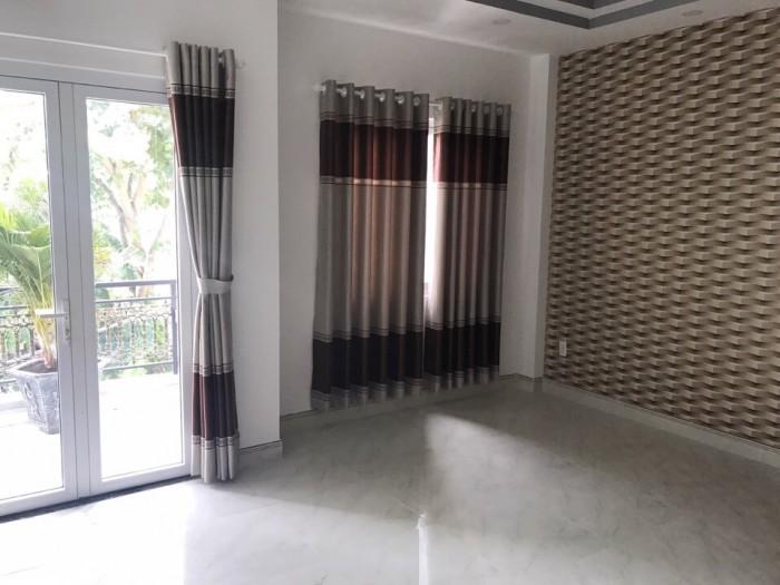 Hàng Hot Bán nhà mới 3 lầu mặt tiền đường số 2, Phạm Hữu Lầu, Quận 7, DT 4x18m