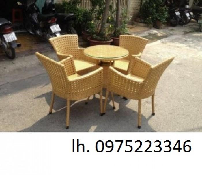 Cần thanh lý gấp nhiều loại bàn ghế cà phê, ô dù che mát với giá cạnh tranh, ưu đãi giảm1
