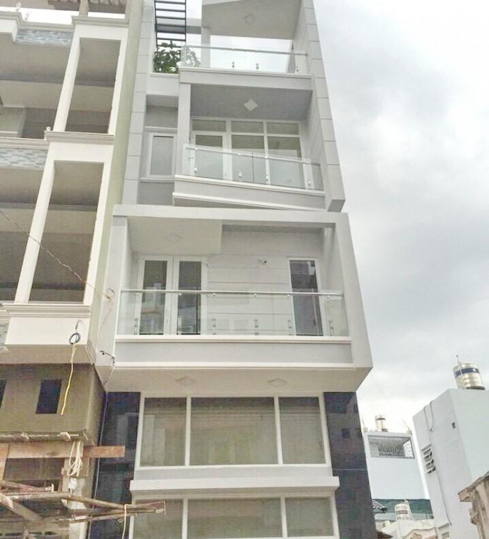Nhà Đường số 3 Cư Xá đô Thành, Q3, DT: 6x14m, 4 lầu