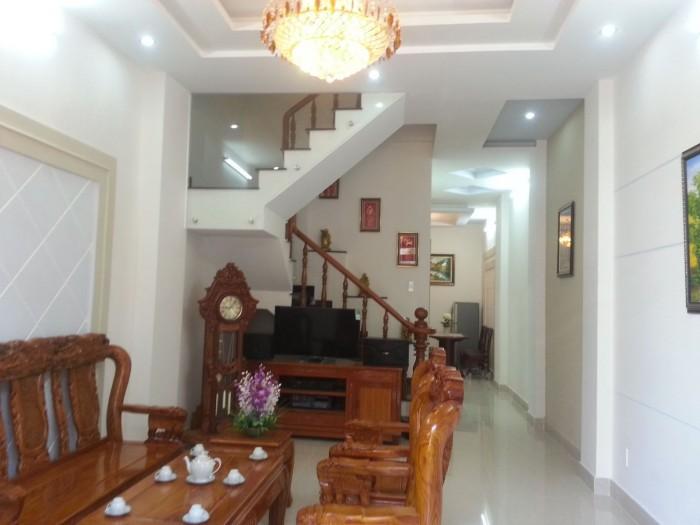 Nhà Mặt tiền Đẹp Trần Bình Trọng, Q.5, DT: 4.5x18m, 2 lầu