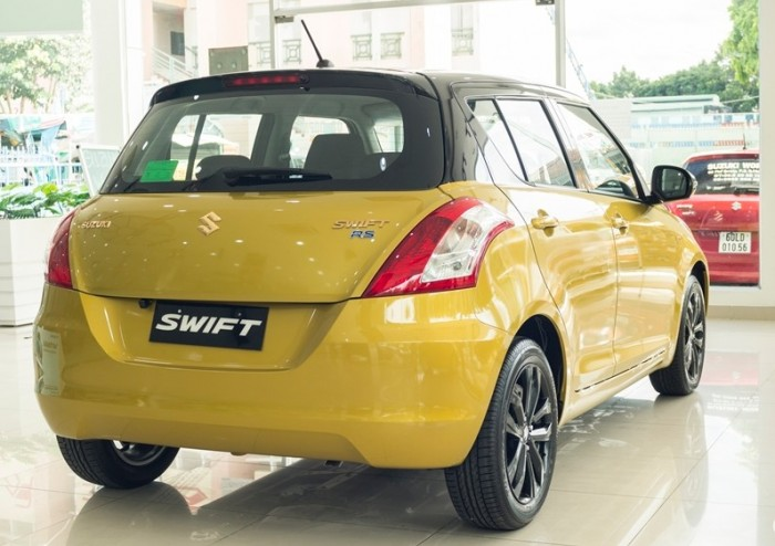 Bán xe Suzuki swift RS khuyến mãi cưc lớn 110 triệu có xe giao ngay