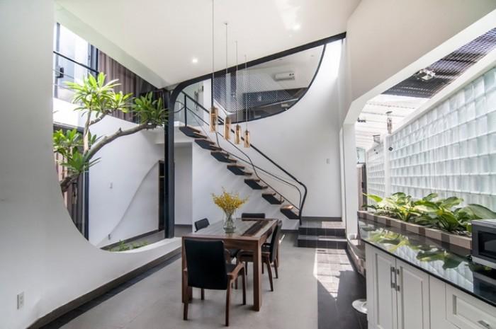 CẦN BÁN:  Nhà mặt tiền Phan Đình Phùng, P2, Đà Lạt 815m2 N1147