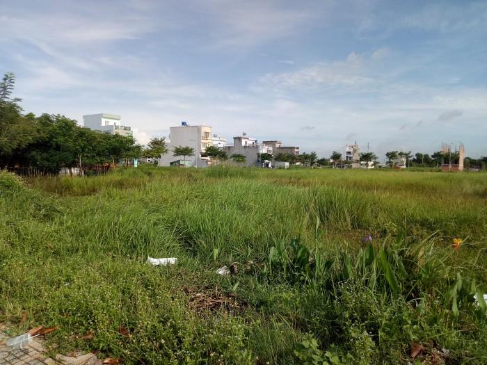 Cần bán gấp 2 lô đất liền kề đường hẻm 30m cách QL1A 50m thổ cư chính chủ