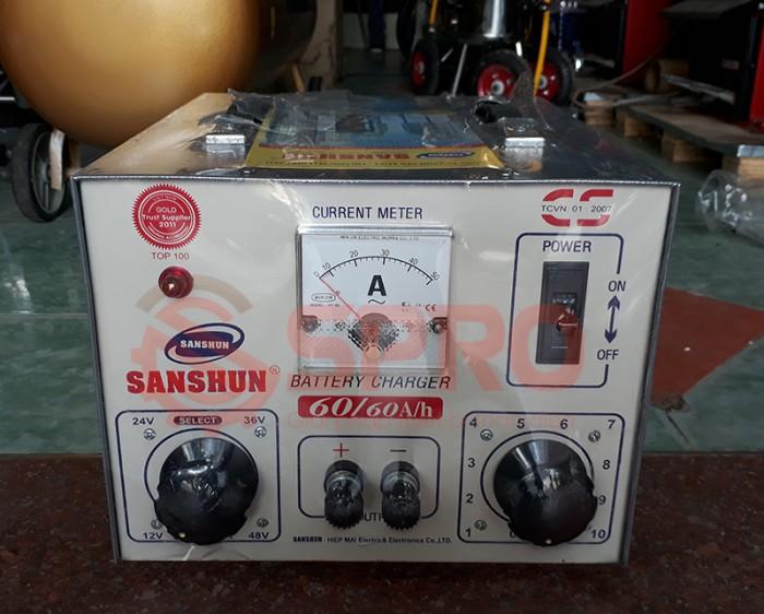 Máy sạc bình ắc quy giá rẻ sanshun cho tiệm sửa xe máy, head Honda