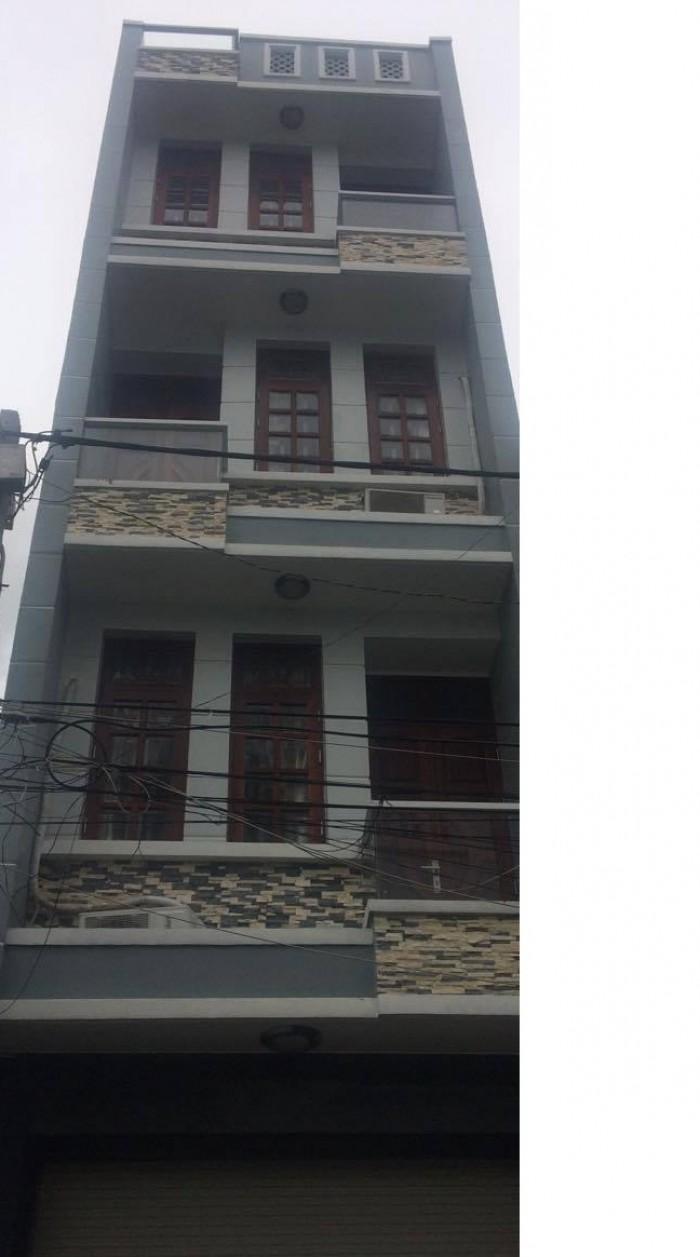 Cho thuê nhà MT Tạ Uyên, Q.5, (DT: 4x20m, trệt, 3 lầu).
