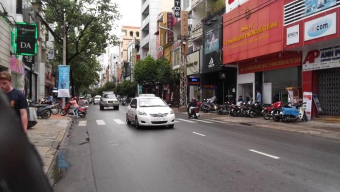 Mặt tiền Tuyệt đẹp Cao Thắng, Q3, DT: 15x60m, CN: 880 m2
