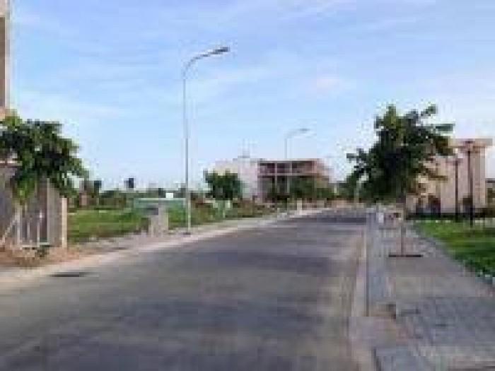 Gia đình chuyển về quê sống cần bán gấp 2 lô đất nền TT Q2, sổ riêng + GPXD. MT đường 20M