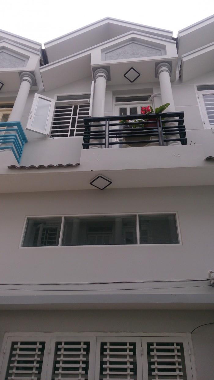 Cần bán gấp nhà 2 lầu mới hẻm 3m đường Trần Hữu Trang, P.11. Giá 4,5 tỷ.