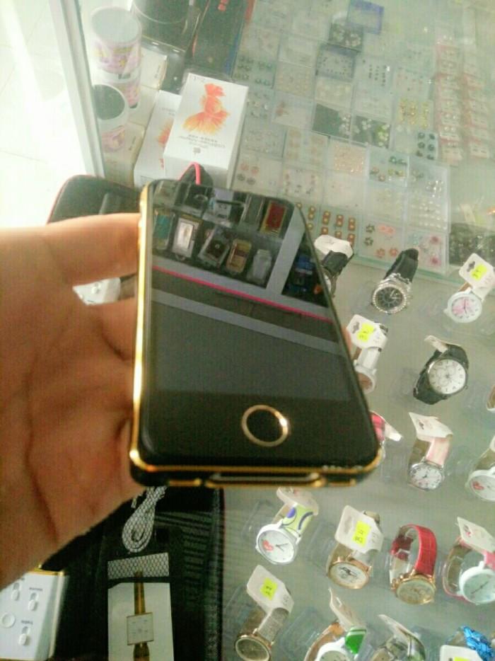 Iphone 5 cần bán gấp3