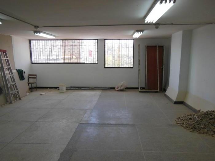 Cho thuê văn phòng 4-5 người làm việc tại Q Tân Bình