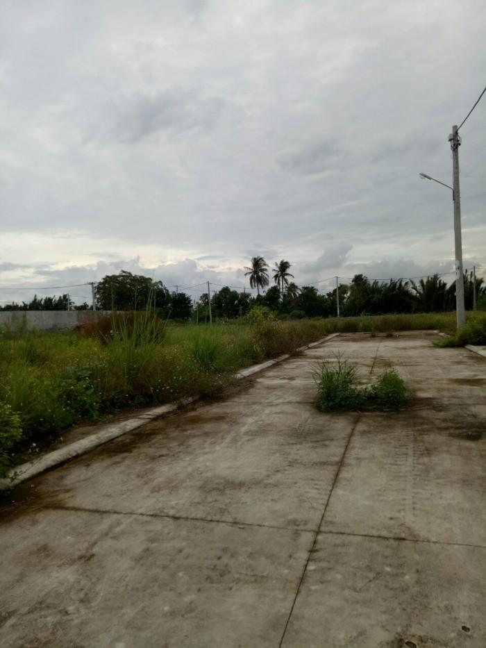 Đất mặt tiền, đường 8m, shr, quận 12