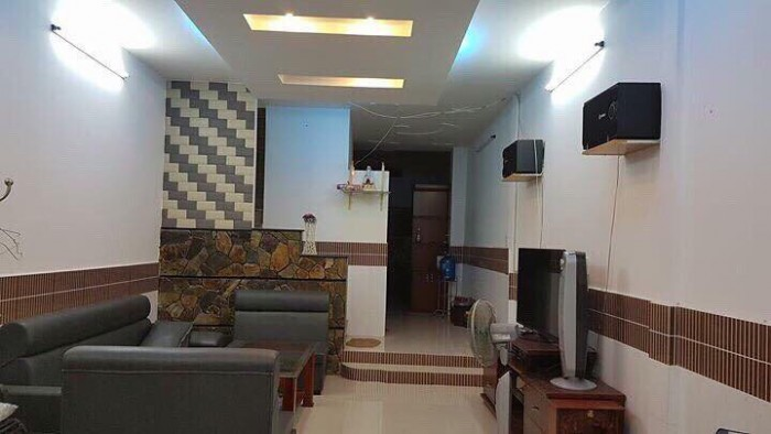 Bán Nhà Đường Bàn Cờ, tiện xây căn hộ, DT: 135m2, GPXD: Hầm 5 Lầu