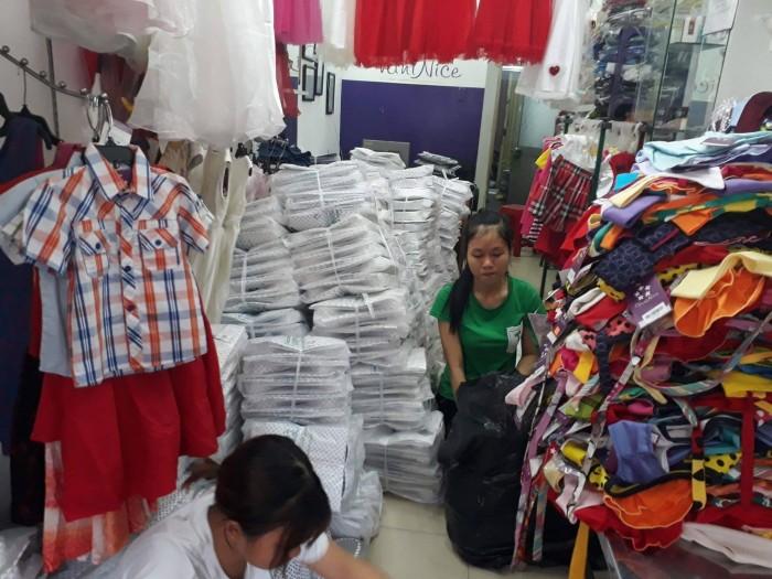 Xưởng may gia công Trang Trần luôn cố gắng đúng hạn và thực hiện tốt hợp đồng đã kí kết, nhằm tạo dựng niềm tin với khách hàng.