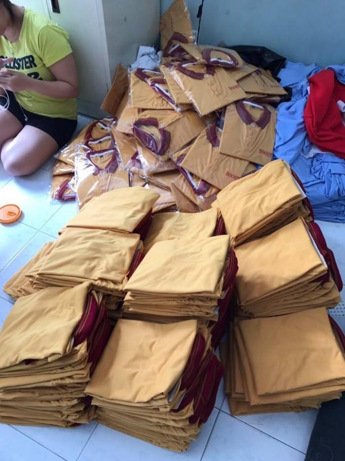 May áo thun đồng phục - Thiết kế, may mẫu, in thêu logo sắc nét | Xưởng may gia công Trang Trần nhận giao hàng tận nơi, qua bưu điện, quần áo nam vnxk giao hàng bằng ô tô