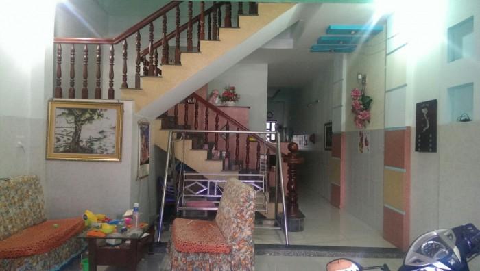 Nhà 1 trệt 2 lầu KDC tân phong bán gấp tặng nội thất