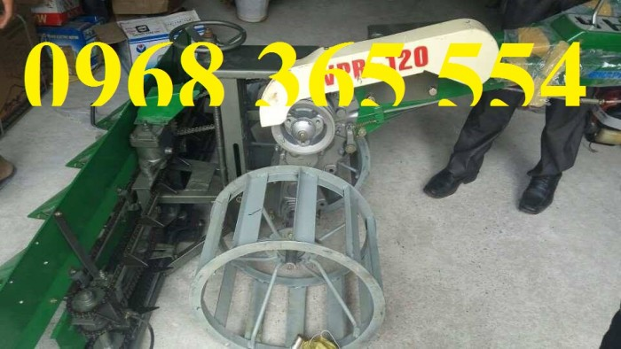 máy gặt lúa vinapro 1202