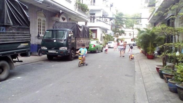 Bán nhà hẻm Tô Hiến Thành, xe hơi vào được nhà, DT: 4.15x15m, lửng 2 lầu ST