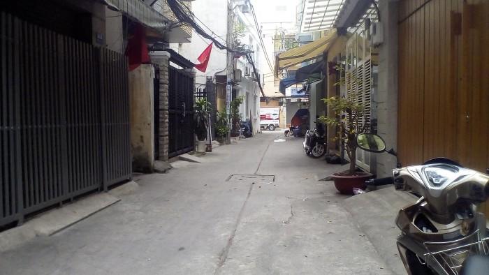 Bán nhà Cư Xá Nguyễn Trung Trực, P.12, Q.10 (DT:3.3X18)