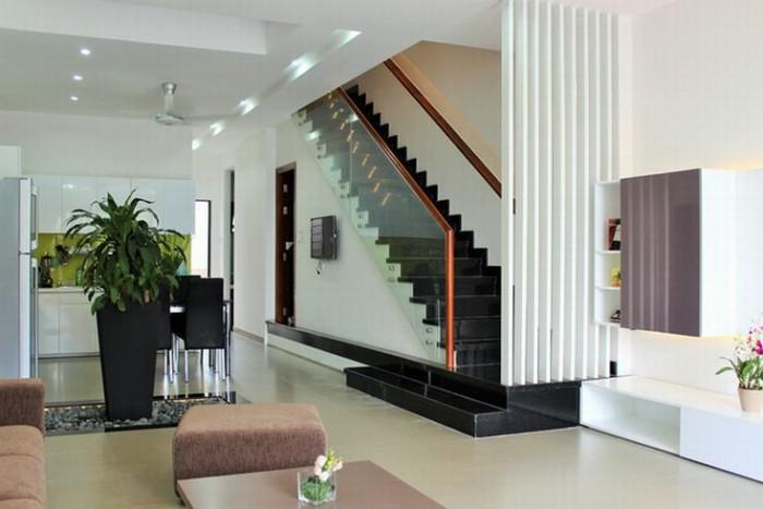 Nhà mới tuyệt đẹp HXH, 5 tầng, 8PN, 44m2, 6.4 tỷ, sổ riêng đối diện chợ Phạm Văn Hai