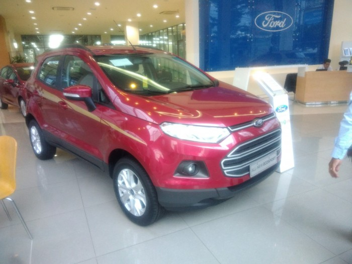 Ford Ecosport Titanium Giảm giá đến 100 triệu.Tặng gói compo phụ kiện cho quý khách hàng mua xe!