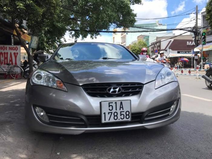 Bán Hyundai Genesis 2.0 turbo đời 2011 màu xám