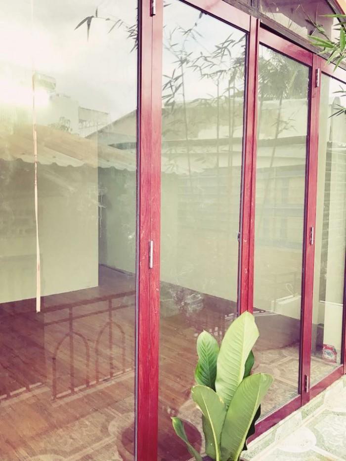 Cần Tiền kinh doanh nên bán lại nhà mới đẹp . Nhà hẻm trung tâm thành phố Nha Trang