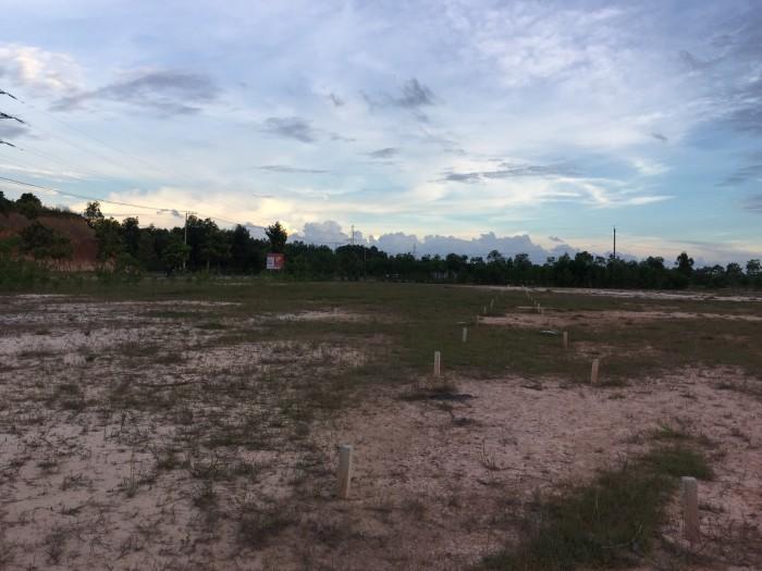 Đất làng đại học Bình Dương
