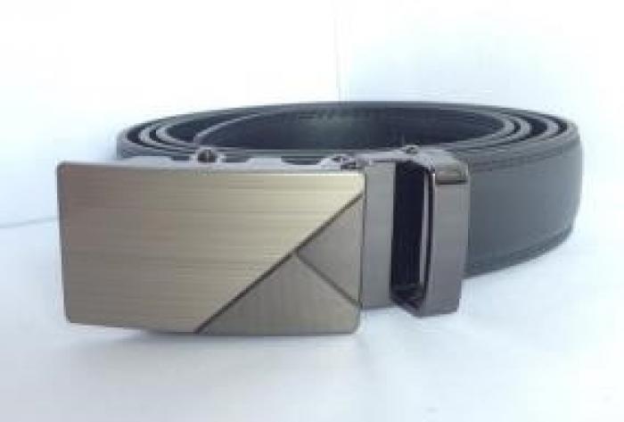 DNQK00010 Màu: đen. Kích thước: 114 x 3,5 cm. Trọng lượng: 400 g