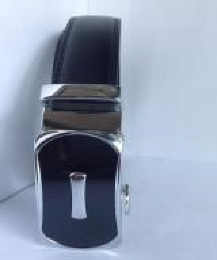 DNQK00016 Màu: đen. Kích thước: 114 x 3,5 cm. Trọng lượng: 400 g