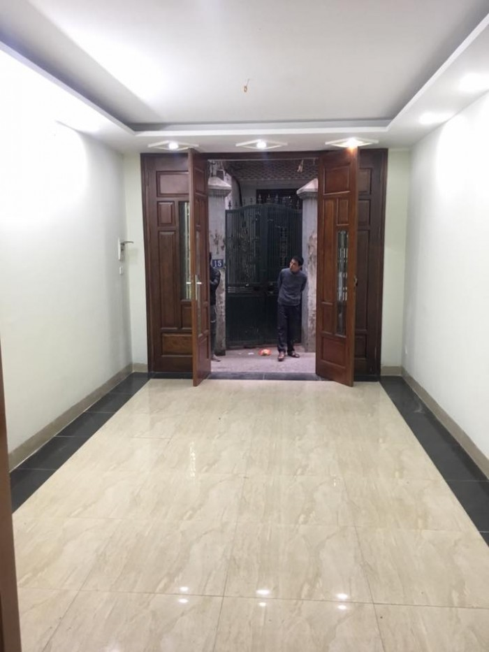 Bán nhà ngõ 342 Khương Đình (nhà 5 tầng x 33m, ngõ thông, gần hồ Hạ Đình, SĐCC )