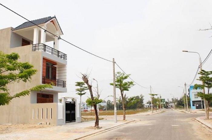 Đất diện tích lớn 120m2 đường Lã Xuân Oai quận 9