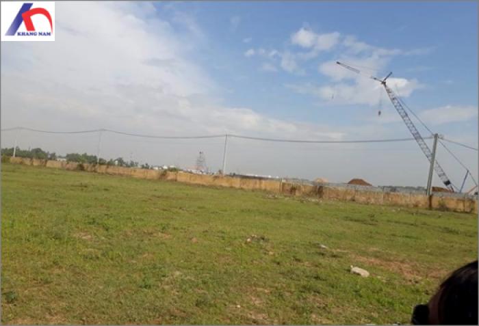 Cho thuê đất MT Hoàng Hữu Nam, Q.9, (DT: 2.200m2, thổ cư 100%).