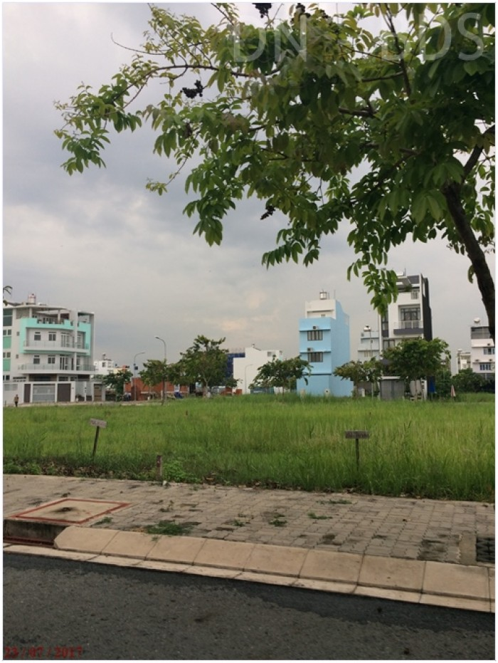 Bán GẤP đất ngay Công An P.Cát Lái. Q2 - Ngay Đồng Văn Cống
