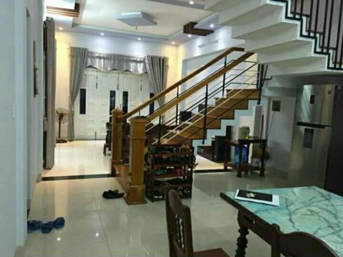 Bán nhà MT đường Lê Văn Sỹ, Q. 3, DT: 4.5x16m, 4 lầu mới.