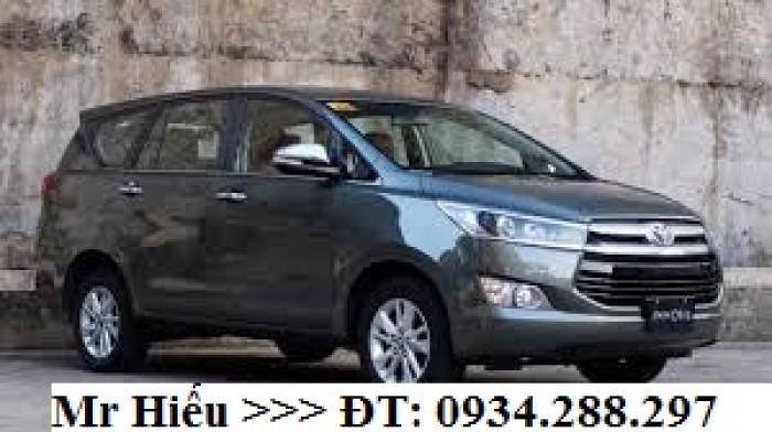 Cho thuê xe ô tô 5 - 7 chỗ giá rẻ nhất Sài Gòn 3