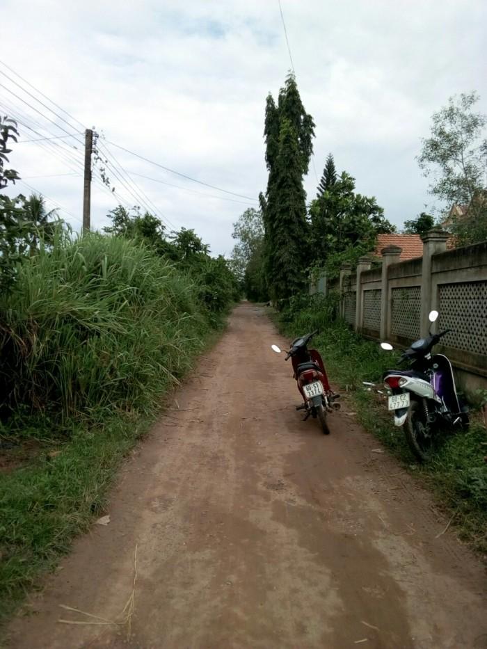Cần bán gấp đất vườn MT Trần Văn Trà,Xã Phú Đông, Nhơn Trạch, Đồng Nai.