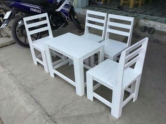 Bộ bàn ghế gỗ mini giá rẻ nhất0