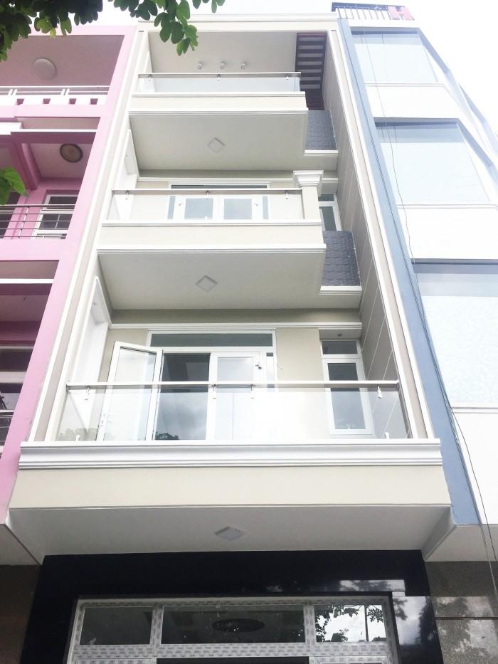 Bán nhà mới xây mặt tiền đường số Phạm Hữu Lầu, Q7, DT 4x18m,3 lầu, sân thượng.