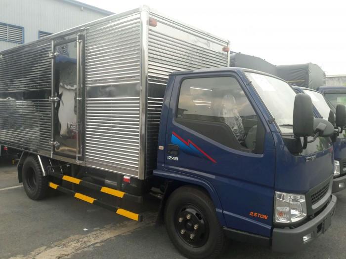 Xe tải IZ49. Xe Đô Thành IZ49 Khuyến Mãi, trả trước 50 triệu giao xe ngay 9