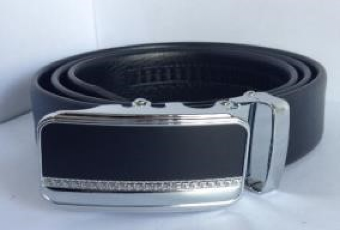 DNQK00041 Màu: đen. Kích thước: 119 x 3,5 cm. Trọng lượng: 400 g4