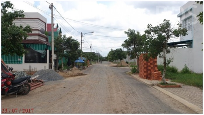Bán Gấp ĐẤT thổ cư Trường Nguyễn Thị Định - Quận 2 - Mặt tiền đường 20m