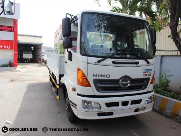 Xe tải Hino 8.25 tấn thùng mui bạt