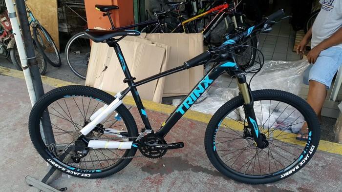Xe đạp Trinx X1 2017, mới 100%, giao hàng miễn phí, màu Đen xanh trời