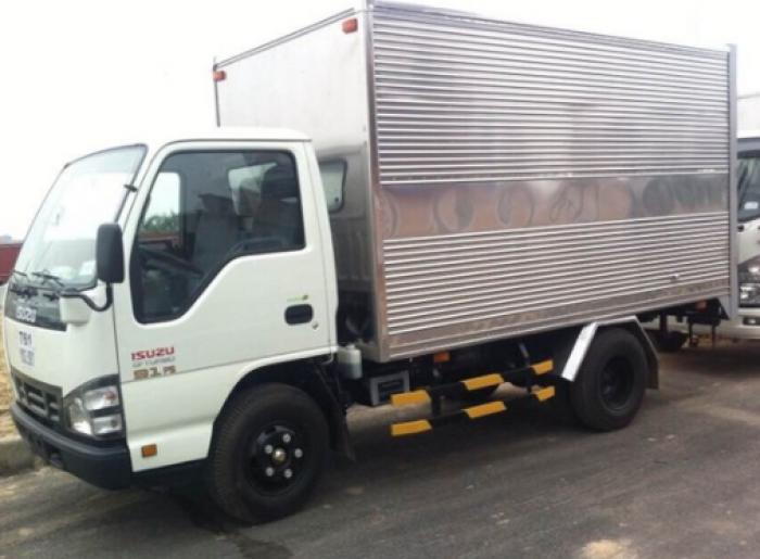 Xe tải ISUZU 2.45 tấn thùng kín - QKR55F