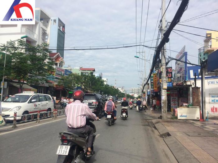 Cho thuê nhà MT Nguyễn Thị Thập, Q.7, (DT: 4x27m, trệt, lửng).