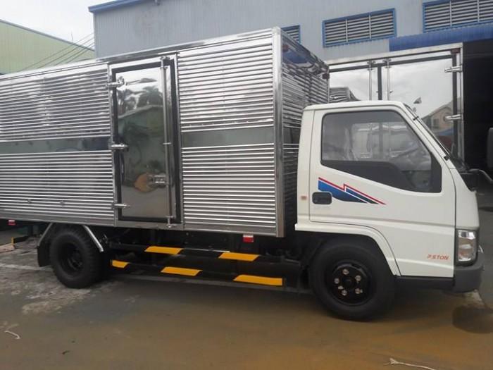 Xe IZ49 2.5 tấn bán trả góp hàng tháng ,