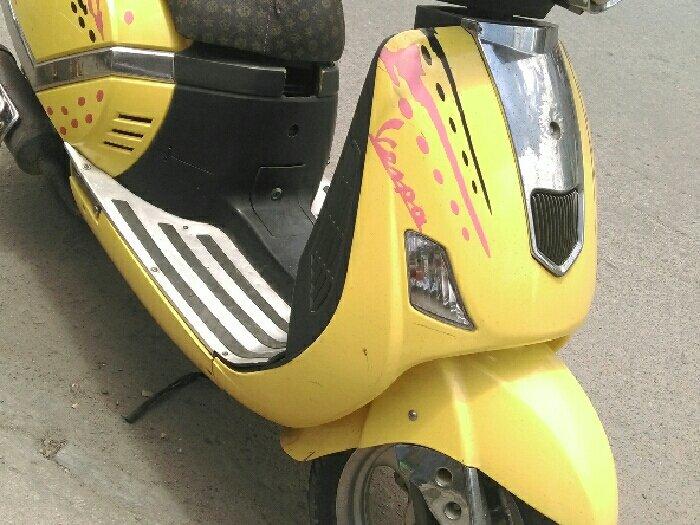 Xe tay ga vespa 125cc liên danh