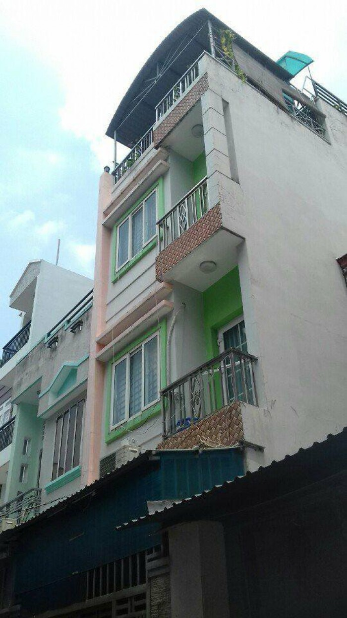 Bán nhà: Đường Huỳnh Thiện Lộc, P.Hòa Thạnh Q.Tân Phú