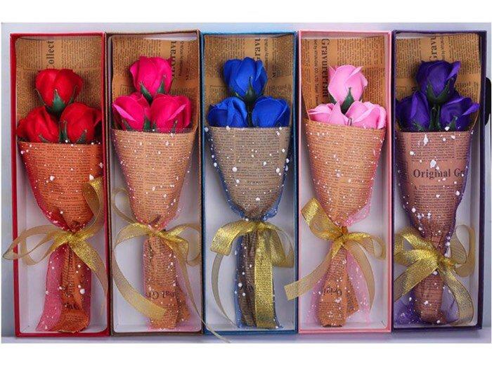 Hoa hồng sáp 3 bông I love you0