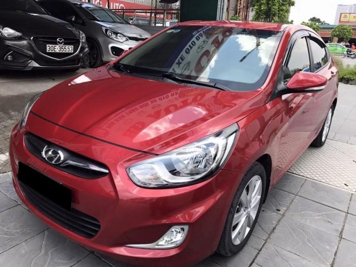 Cần bán Hyundai Accent 2012 tự động màu đỏ rất đẹp zin toàn bộ